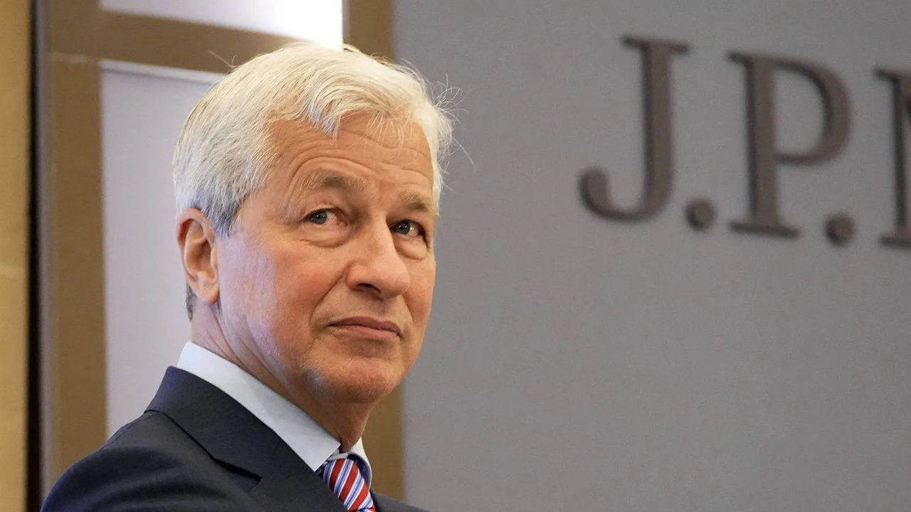JPMorgan CEO Jamie Dimon: Crypto Has No Intrinsic Value, 'Regulators Are Going to Regulate the Hell out of It'
